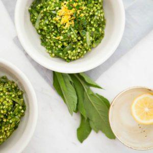 Гречотто из зеленой гречи с сырным чипсом и кремом из белых грибов