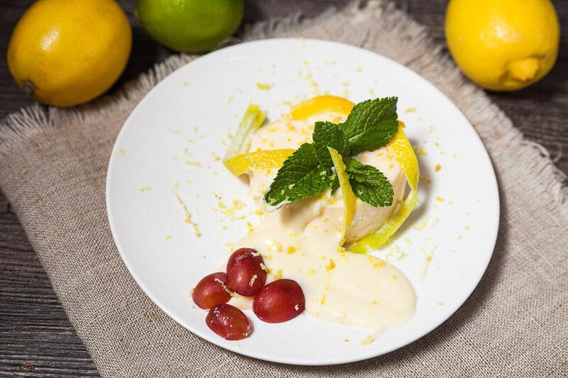 крем-карамель с лимонным кремом