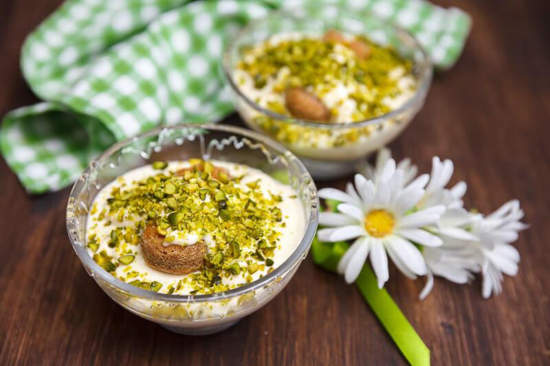 Десерт тирамису фисташковый