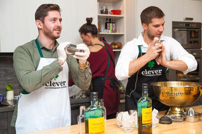 мастер-класс по приготовлению коктейлей