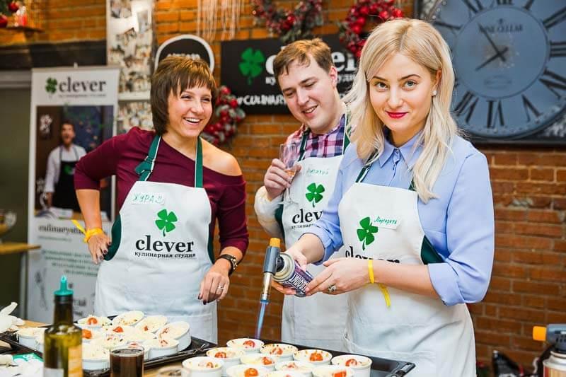 новогодний корпоратив кулинарная студия Clever корпоратив кулинарный мастер-класс