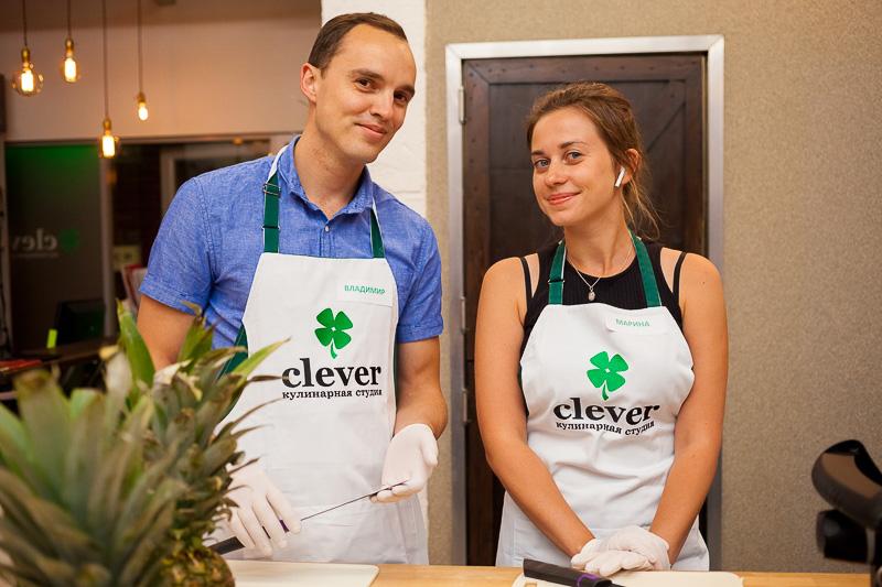 кулинарный мастер-класс в студии Clever шеф-повар Сергей Кузнецов