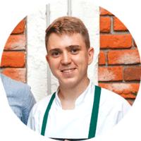 Шеф-повар ресторана Delicatessen — Олег Кусов