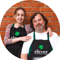 Ведущие кулинарных мастер-классов Мария Сорокина и Андрей Бугайский