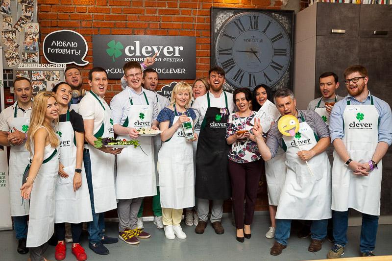 кулинарный мастер-класс на корпоратив от студии Clever