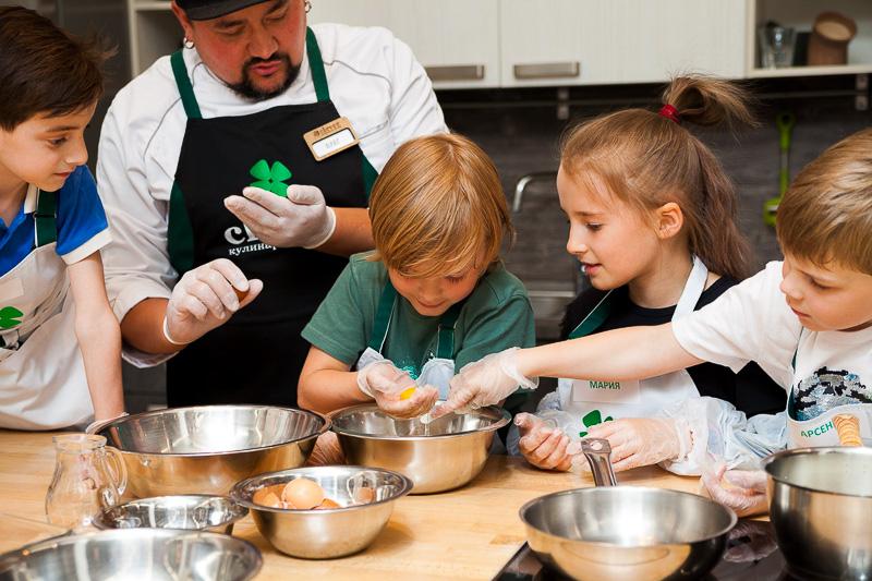 кулинарный мастер-класс на детский день рождения от студии Clever
